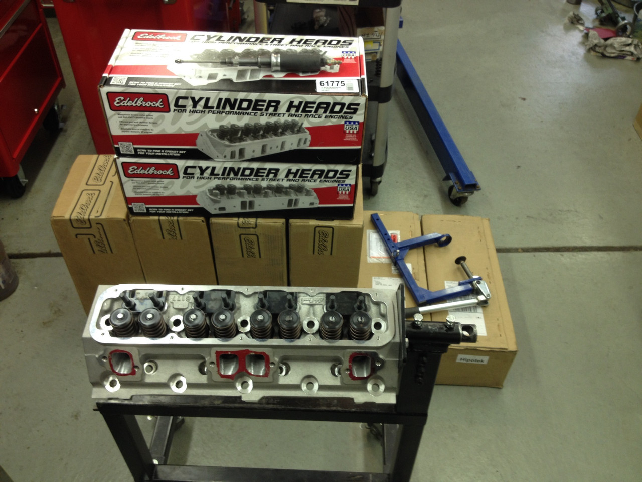 Fully Ported Edelbrock Performer RPM Chrysler/Dodge/Jeep Aluminum Magnum  Head