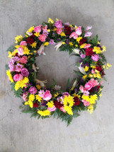 TABLETOP PICTURE FRAME DISPLAY  WREATH