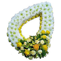 TEARDROP WREATH- YELLOW AND WHITE