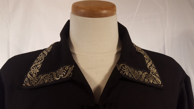 Lord's Shirt with Trim