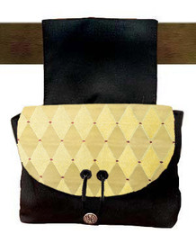 Pouch in brocade A6