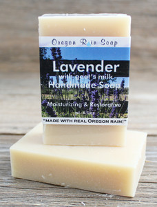 Mild cleansing soap made with goat's milk Great for sensitive, dry skin 100% Natural