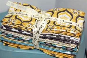 Capri Fat Quarter Bundle in Yellow