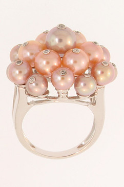 Diamond Studded Peach and Lavender Pearl Ring. 14K