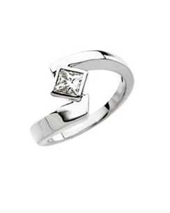 Princess Cut Twist Engagement Ring.