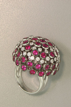 Big Ruby and Diamond Ball Dome Ring. 18K