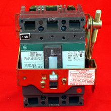 POWER DISTRIBUTION BREAKER