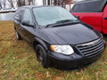 2005 Chrysler town &Country 02729