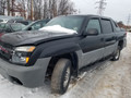 2002 Chevy Avalanche 03224