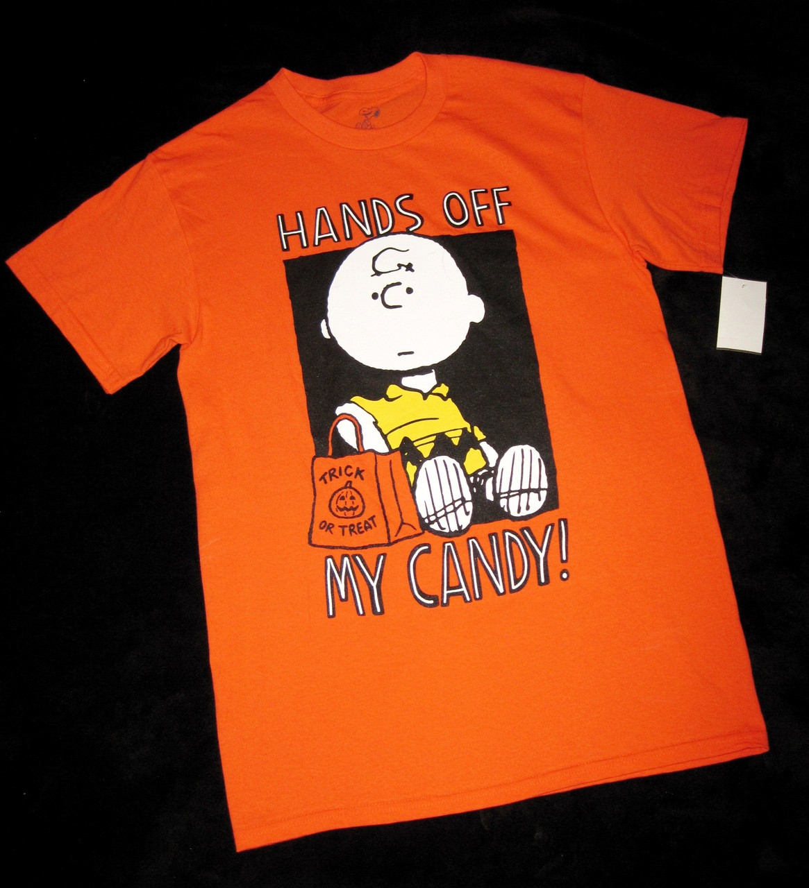 "men's small - peanuts - charlie brown ""hands off my candy"" halloween"