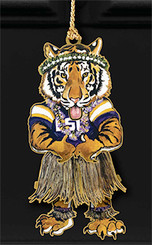 Lsu TIger doing the Haka_ornament  (INSTOCK)
