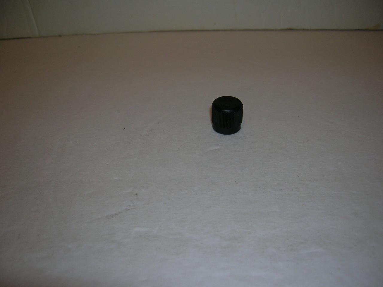 "Valve Caps-1//4/""w//Rubber O-Ring- 25 Nylon//Black-Standard AC Systems-Schrader Int"
