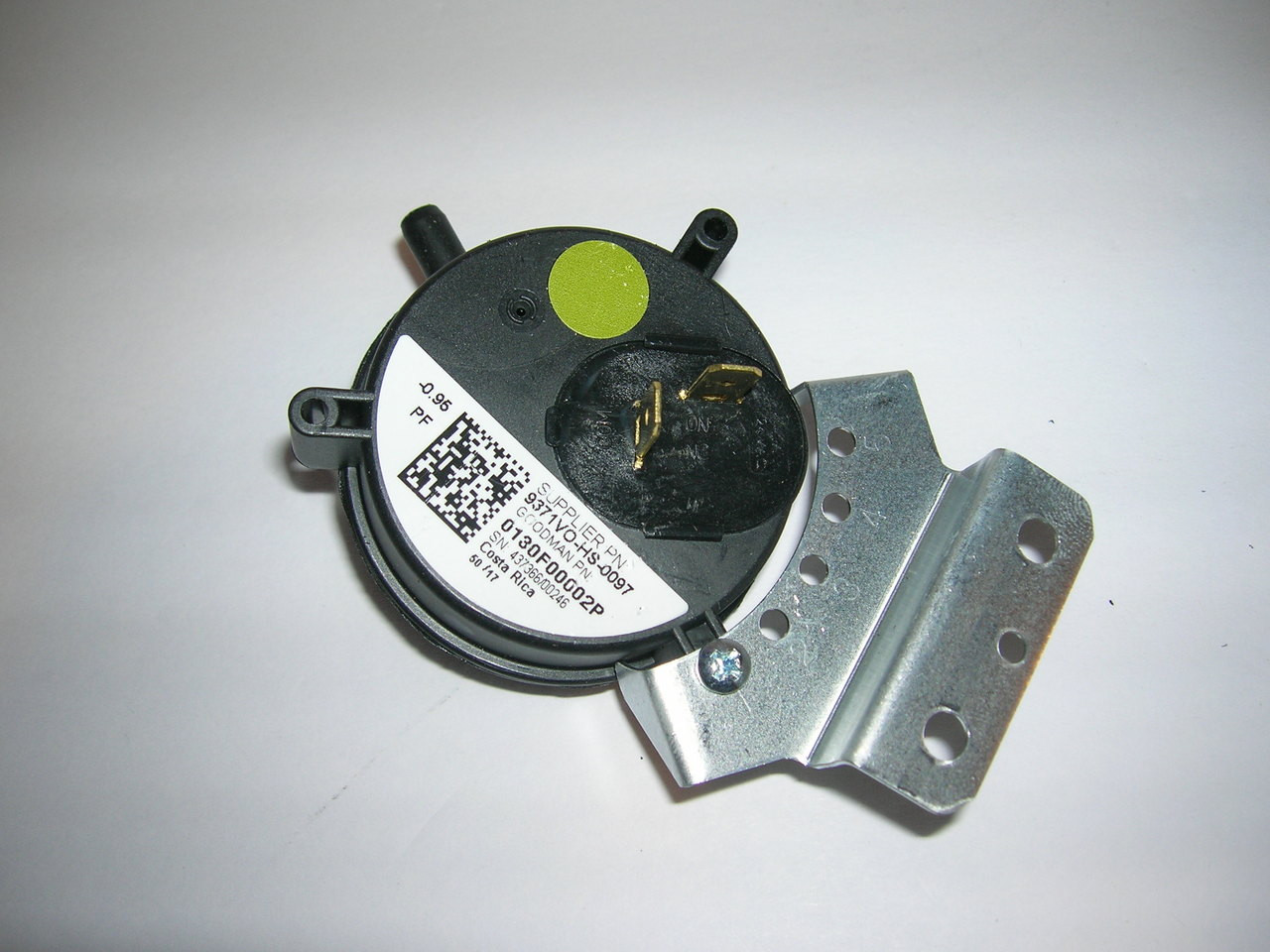Goodman Furnace Vent Air Pressure Switch Replacement for Part # 0130F00001P 1.20 WC Universal
