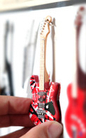 """Rock and Roll History V40 EVH Red Frankenstein 4"""" Miniature Guitar with Magnet Visual Compendium of Guitar"""