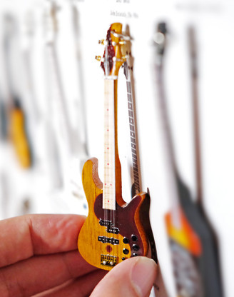 """Rock and Roll History V49 Victor Wooten Ying Yang Bass 4"""" Miniature Guitar with Magnet Visual Compendium of Guitar"""