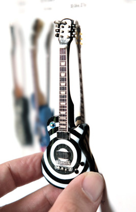 "Rock and Roll History V57 Zakk Black Label Bullseye 4"" Miniature Guitar with Magnet Visual Compendium of Guitar"