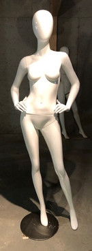 Free Shipping Used Gloss White Abstract Egg Head Female Mannequin MM-A4W1USED