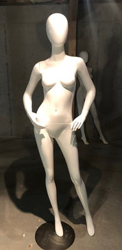 Free Shipping Showroom Sample Gloss White Abstract Egg Head Female Mannequin MM-A4W1SRS