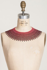 GIFTS: BEADED LACE COLLAR Black & Coral Diamond