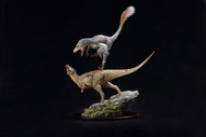 Dakotaraptor vs Pachycephalosaurus Resin Kit by Musee Studio