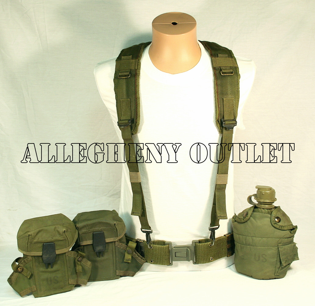 8b408552ed5a3 GENUINE U.S. MILITARY ISSUE LC-2 ALICE Pistol Belt Canteen and Canteen  Pouch / (2) Ammo Pouches and Suspenders Size: Large / Black Buckle
