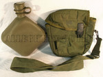 GENUINE U.S. MILITARY ISSUE 2 QUART OD CANTEEN w/ OD GREEN CANTEEN COVER w/ ALICE KEEPERS AND STRAP VERY GOOD CONDITION 9644