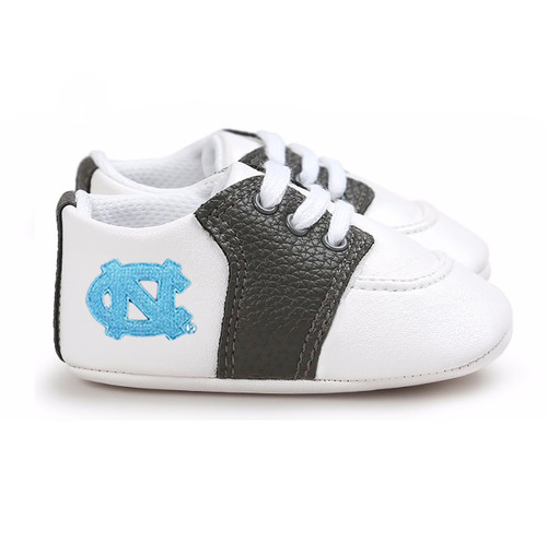 North Carolina Tar Heels Pre-Walker Baby Shoes - Black Trim