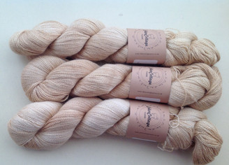 Eden Cottage Pegasus Lace Yarn in Harvest Gold (lot 170914)