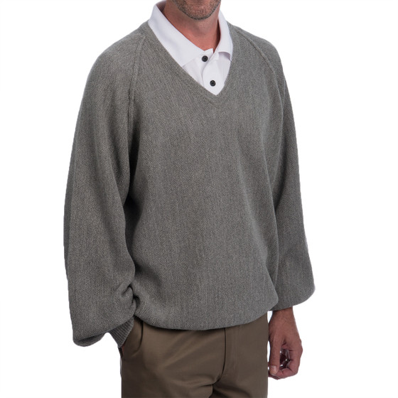 Men's Alpaca V-Neck Pullover - Retro Pro Side