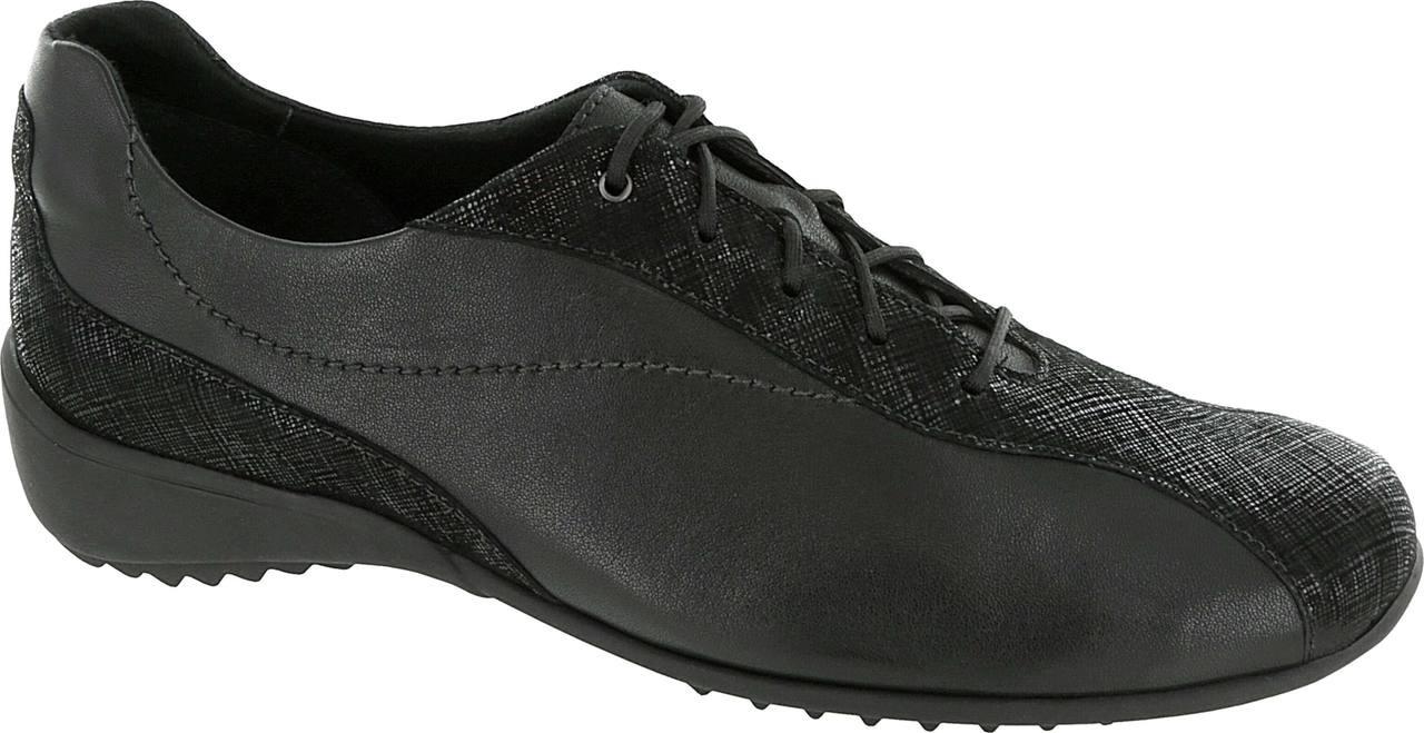 Black Leather/Crosshatch