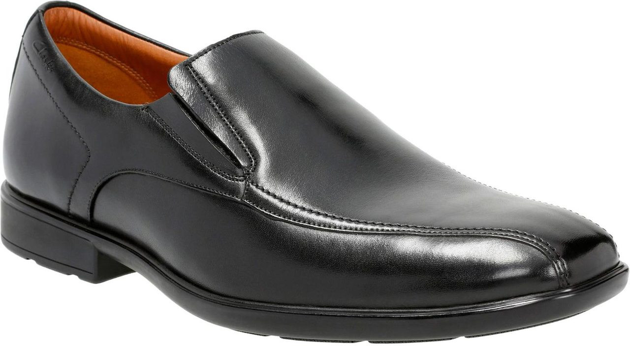 ... Clarks Men's Gosworth Step. Black Leather