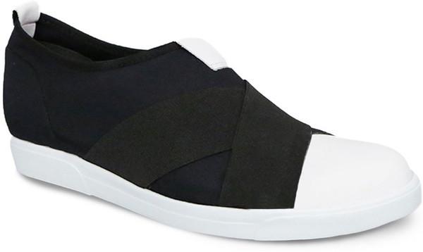 Black Fabric/White Tip