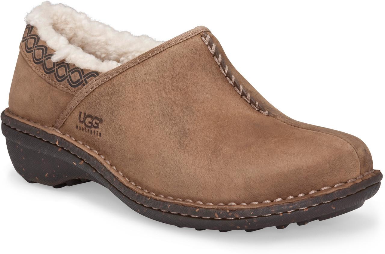 Ugg Bettey Shoes Size