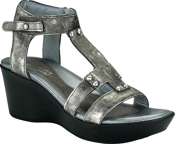 40d561c0d612 Naot Flirt - Gladiator Sandals