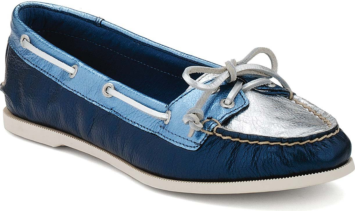 I searched for sperry clearance on dufucomekiguki.ga and wow did I strike gold. I love it.
