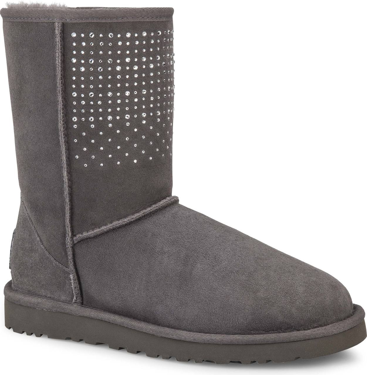 11c3ab88d04 Ugg Classic Short Patchwork Boot