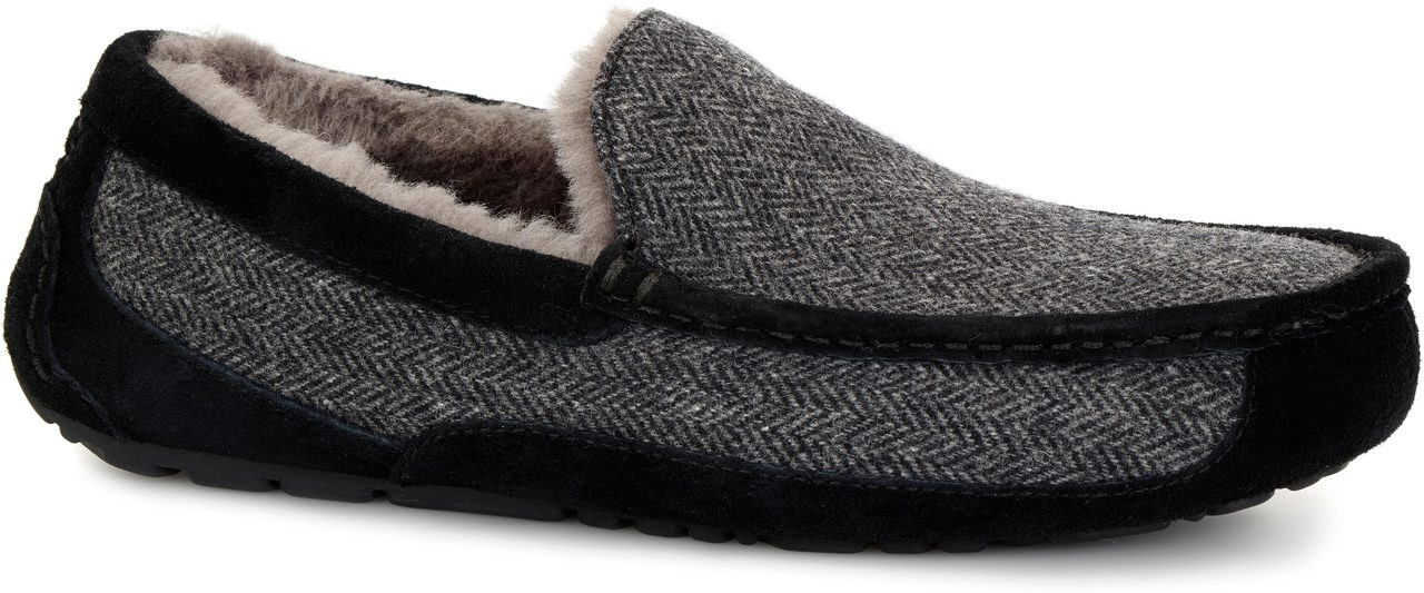45ab7d529c9 UGG Australia Men s Ascot Tweed - FREE Shipping   FREE Returns ...