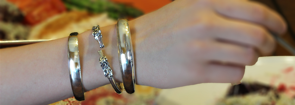equestrian-sterling-silver-bangles-caracol.jpg