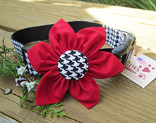 Houndstooth Red Flower Holiday Dog Collars