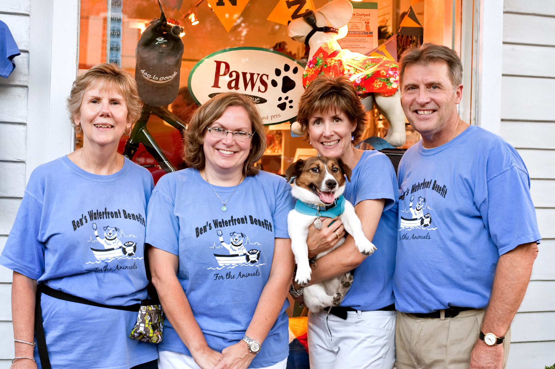 Bens Benefit Shirts Give Back to the Animals