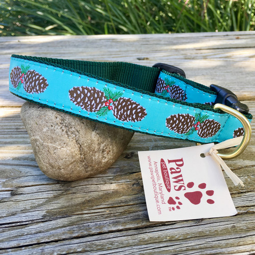 Pinecone Dog Collar