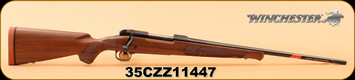 """Winchester - 25-06 - Model 70 Featherweight HiGrade - Satin finished Grade I walnut stock/Polished Bluing, 22"""" Hammer forged free floated barrel ,M.O.A. trigger system, S/N 35CZZ11447"""