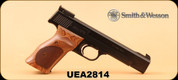 """Consign - Smith&Wesson - 22LR - Model 41 - Wood Target Grips/Blued Carbon Steel, 5.5""""Barrel, MFG#130511, c/w 5 mags"""