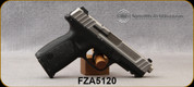 """Consign - Smith & Wesson - 9mm - SD-9 - black polymer frame/stainless steel slide, 4.25""""Barrel, c/w 2 magazines - only 100 rounds fired"""