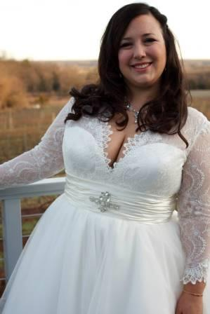 Plus Size Wedding Dresses Il 36