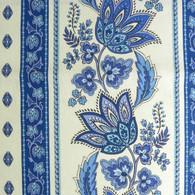 LeCluny Lisa Cotton Tablecloth