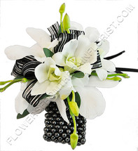 It's a Black and White Party Wristlet