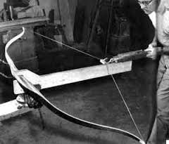 How is a Recurve Bow made?