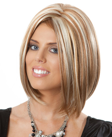 DELUXE Marley (Blonde 19H30H613) Fashion Wig