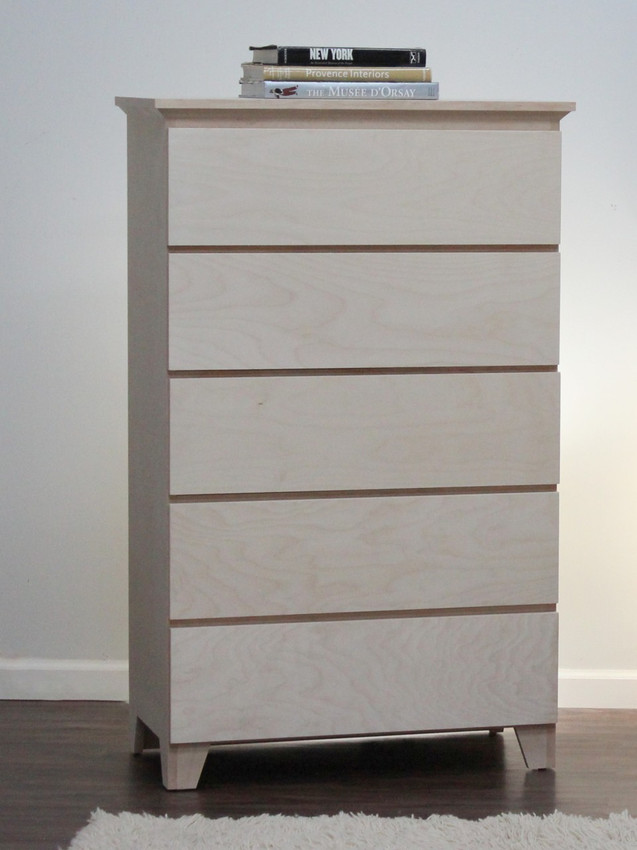 Mid Century Modern Chest With 5 Drawers